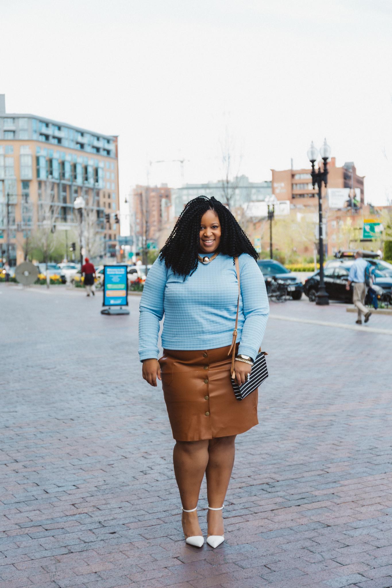 Chardline Wearing Plus Size Leather Skirt