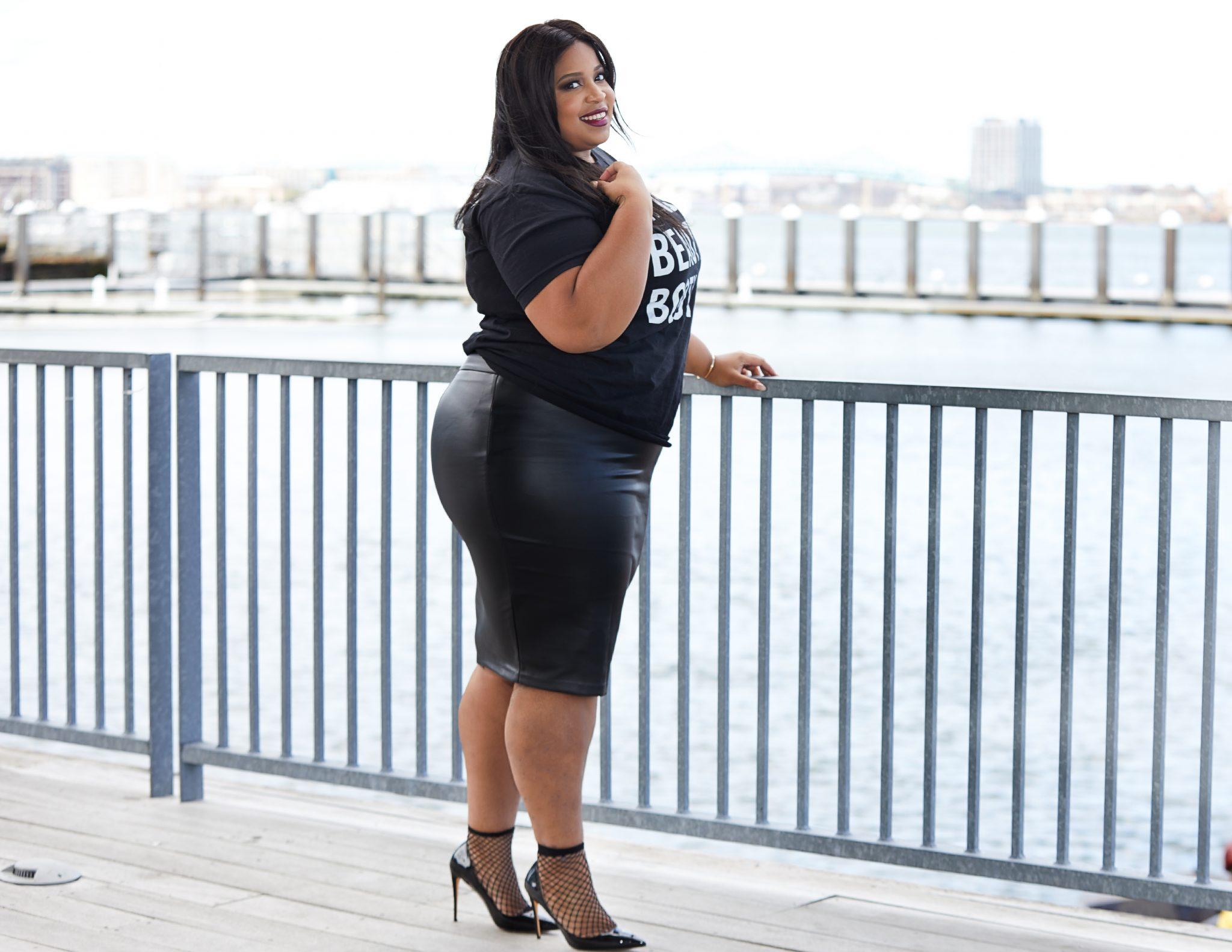Plus Size Blogger wearing Amazon Fashion