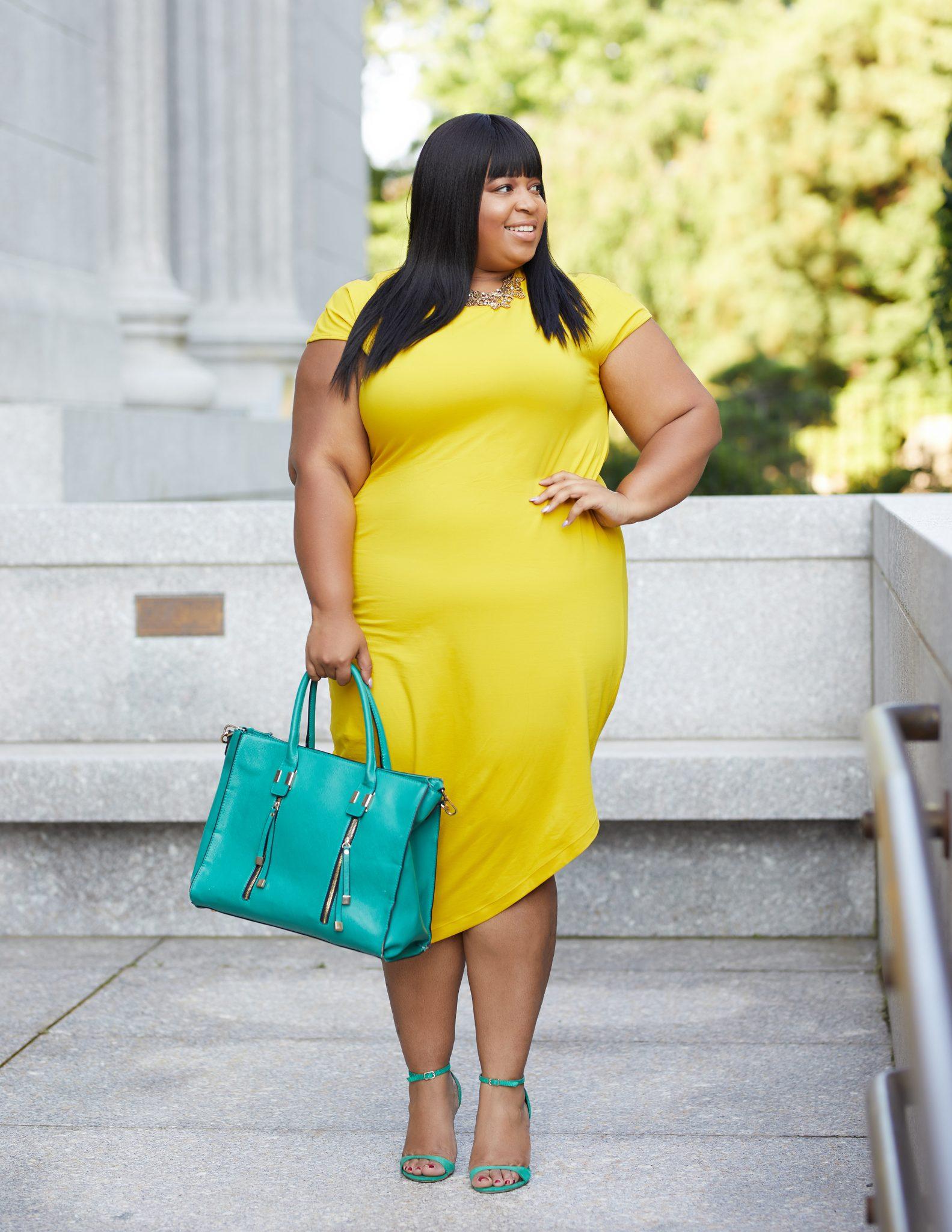 Universal Standard Plus Size Blogger